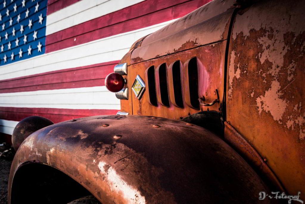 Old Firetruck in Seligman / Arizona
