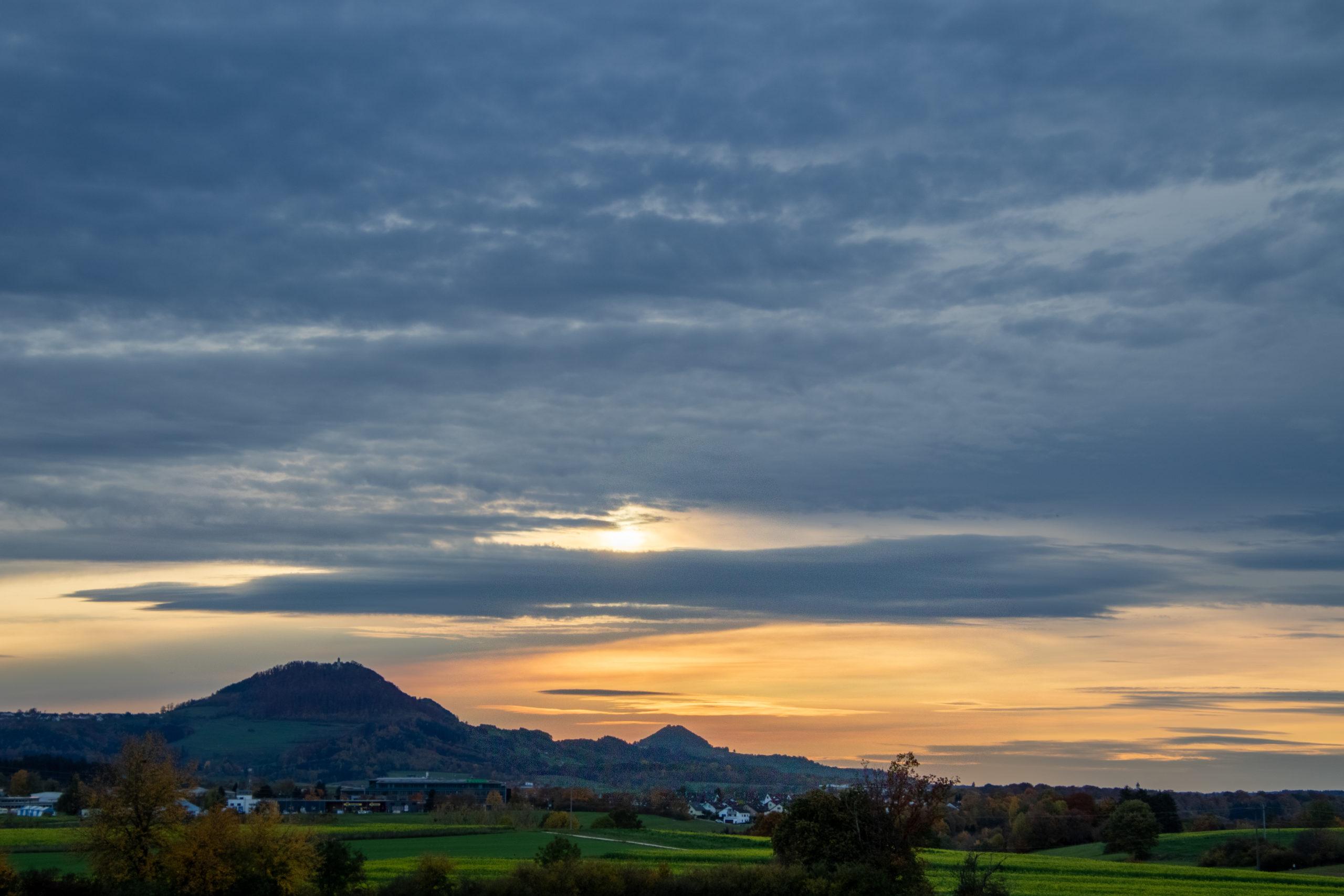 Sonnenuntergang beim Hohenrechberg (Baden-Württemberg)